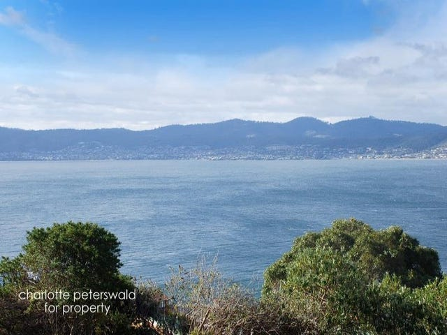 16 Pauldon Drive, Sandy Bay, Tas 7005