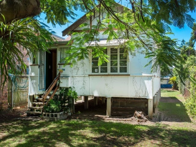 13 Short Street, Woody Point, Qld 4019