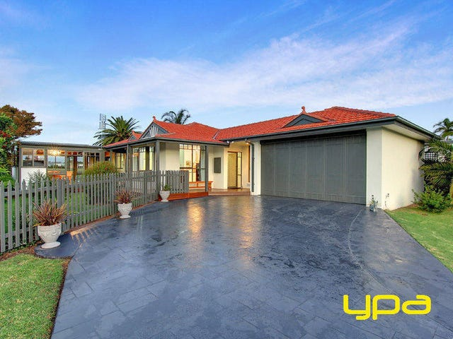 7 Country Club Drive, Safety Beach, Vic 3936