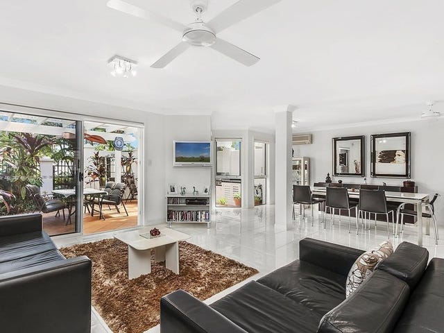 8/100 Cotlew Street East, Southport, Qld 4215