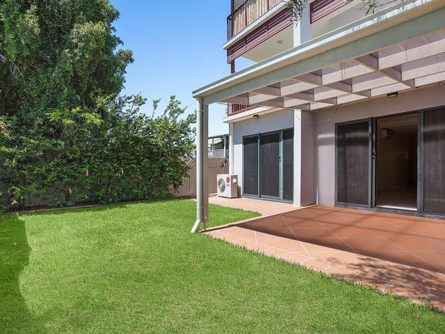 2/92 Nudgee Road, Hamilton, Qld 4007