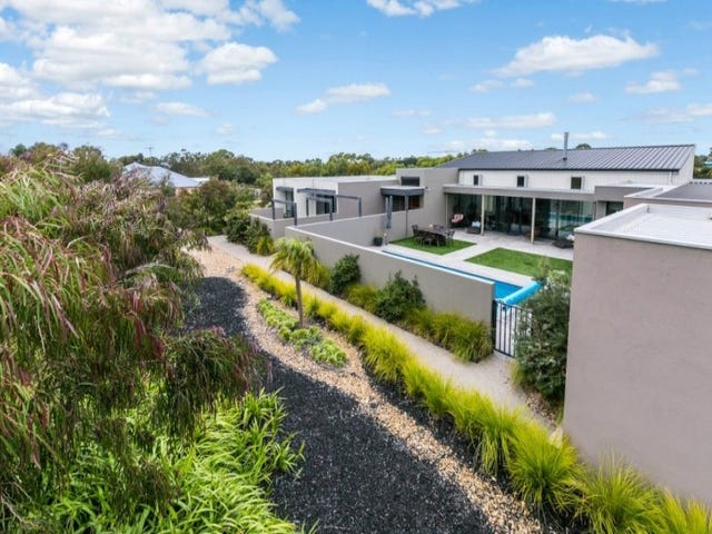 149 Coombes Road, Torquay, Vic 3228