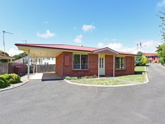 1/2 Pelion Place, Devonport, Tas 7310