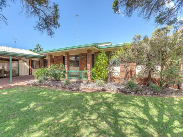 29 Lotus Crescent, Centenary Heights, Qld 4350