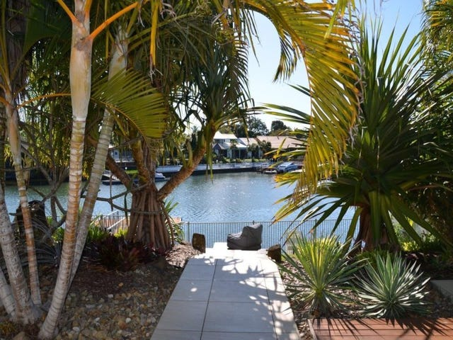 27 PEBBLE BEACH DRIVE, Runaway Bay, Qld 4216