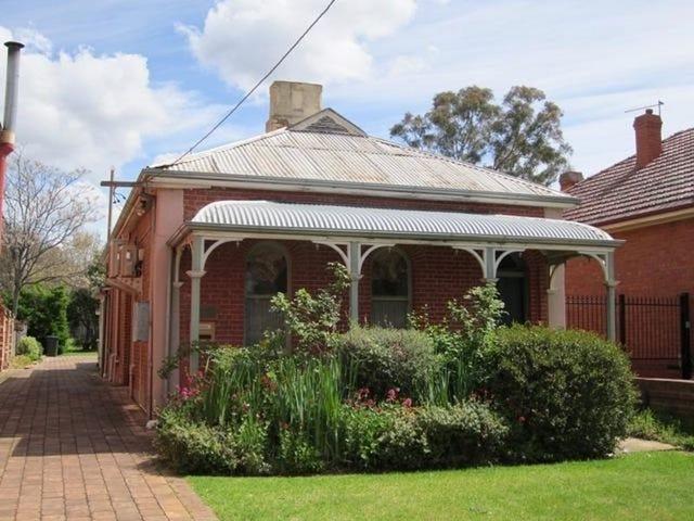 212 Russell Street, Bathurst, NSW 2795