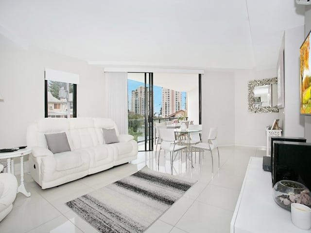 3/160 'Wings on Surf' Surf Parade, Broadbeach, Qld 4218