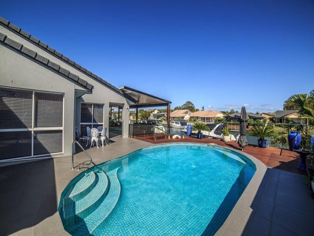 109 Pebble Beach Drive, Runaway Bay, Qld 4216