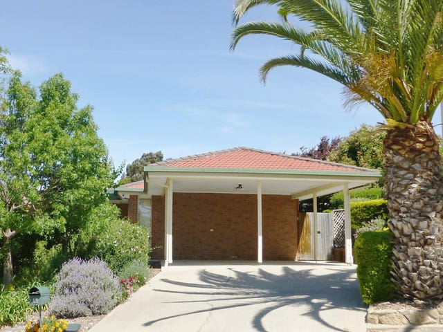 15 Harry Hopman Circuit, Gordon, ACT 2906