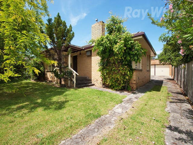 42 Broughton Ave, Croydon, Vic 3136