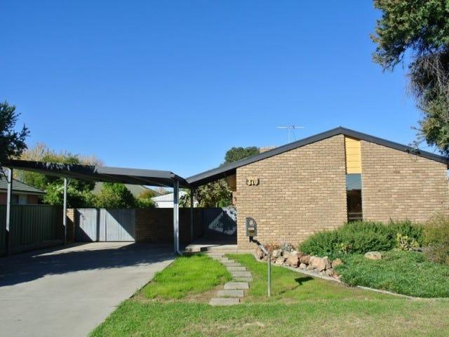 370 Cambourne Street, Lavington, NSW 2641