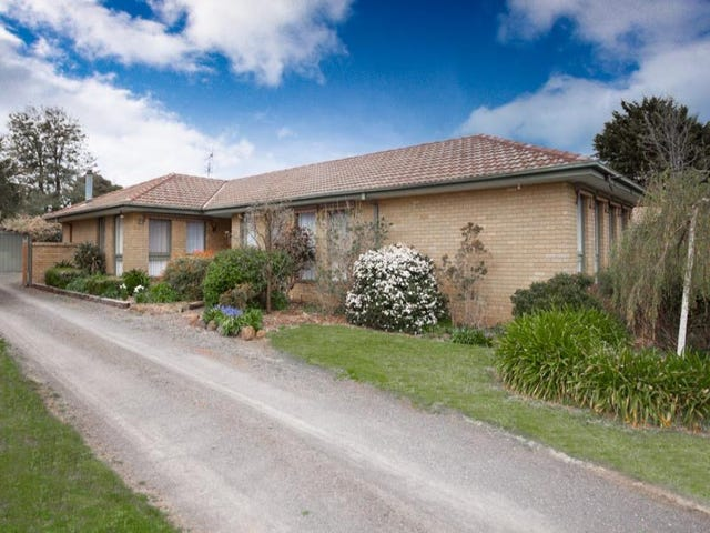 21 Worcester Road, Gisborne, Vic 3437