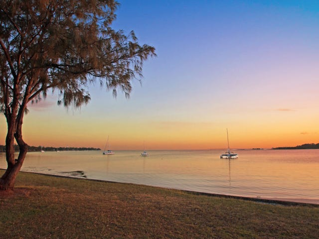 219 Welsby Parade, Bongaree, Qld 4507