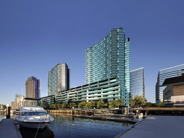 102/9 Waterside Place, Docklands, Vic 3008