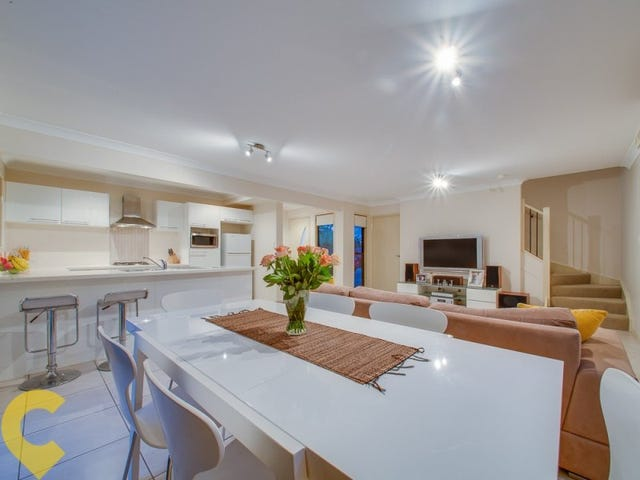2/9 Curwen Terrace, Chermside, Qld 4032