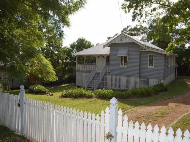 46 Whitehill Road, Eastern Heights, Qld 4305