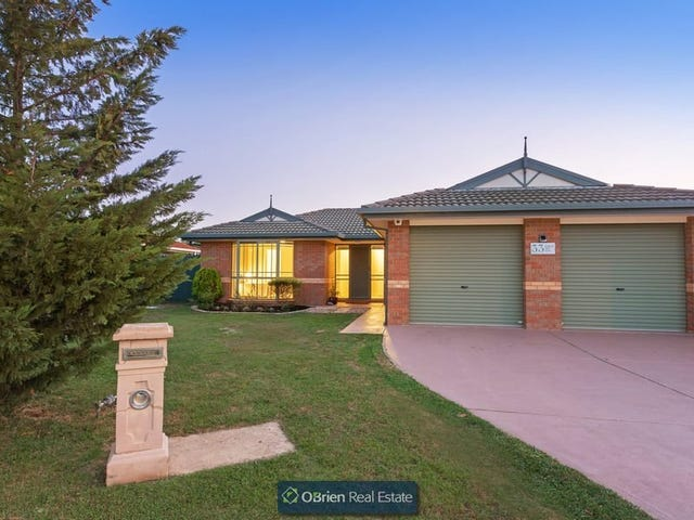 33 Amberley Park Drive, Narre Warren South, Vic 3805