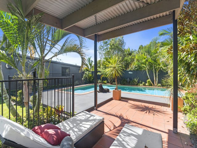 57 Parnki Parade, Palm Beach, Qld 4221