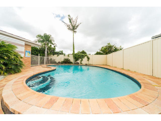 56 Lakefield Crescent, Paradise Point, Qld 4216