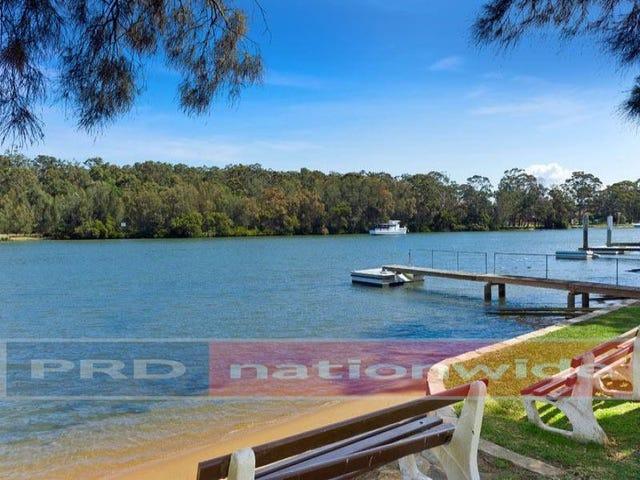 85 Burbank Avenue, Picnic Point, NSW 2213