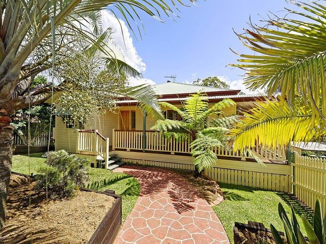 12 Peace Court, Eatons Hill, Qld 4037