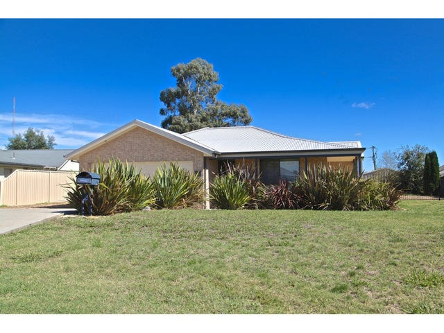 6 Willott Close, Eglinton, NSW 2795