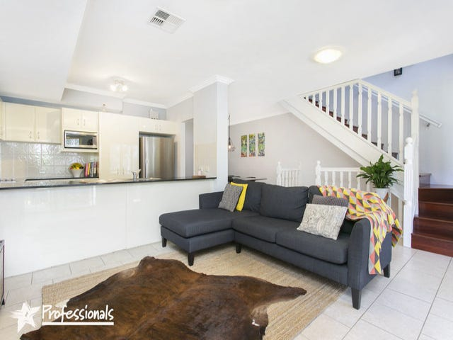 10/837 Henry Lawson Drive, Picnic Point, NSW 2213