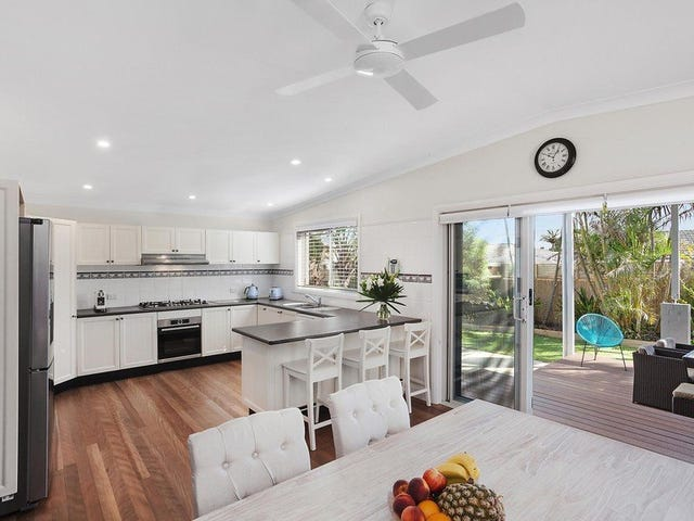 26 Ventura Avenue, Bateau Bay, NSW 2261