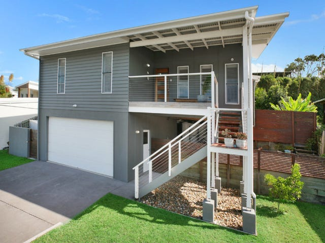 19 Tolkien Place, Coolum Beach, Qld 4573
