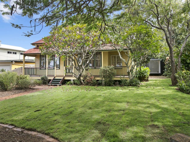 17-18 Esplanade, Wellington Point, Qld 4160