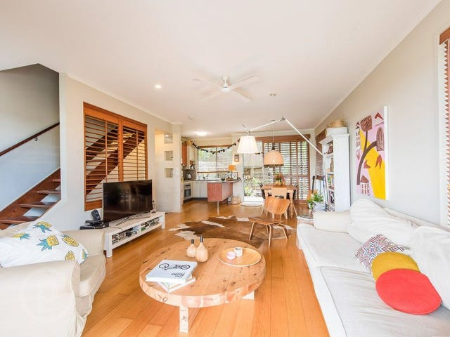 2/118 Railway Parade, Norman Park, Qld 4170