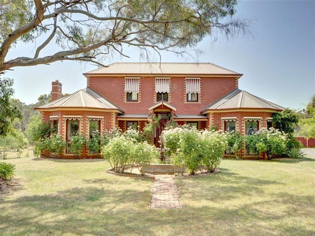 125 Post Office Road, Smythes Creek, Vic 3351