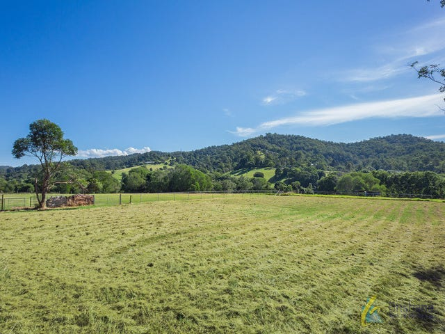 353 Gold Creek Road, Brookfield, Qld 4069