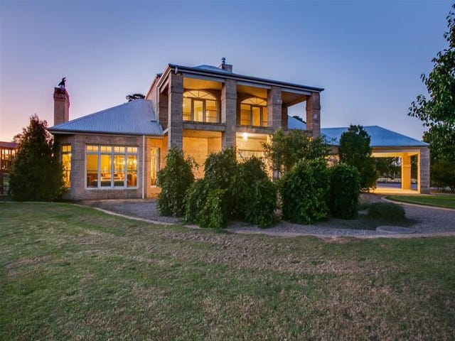 90 Grant Road, Somerville, Vic 3912
