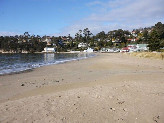 2/1 Beach Road, Kingston Beach, Tas 7050
