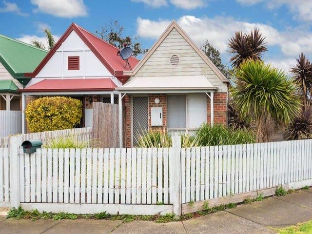24 Benjamin Close, Bundoora, Vic 3083
