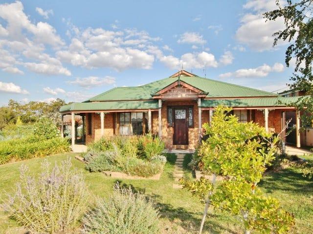 18 Westbourne Drive, Bathurst, NSW 2795