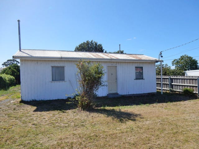 9 Penna Road, Midway Point, Tas 7171