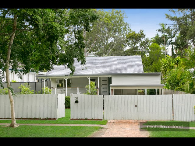 24 Noreen Street, Chapel Hill, Qld 4069