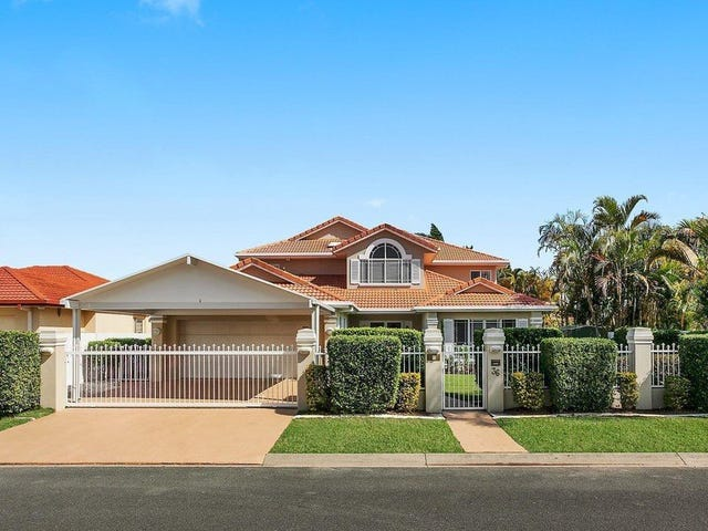 36 Montevideo Drive, Clear Island Waters, Qld 4226