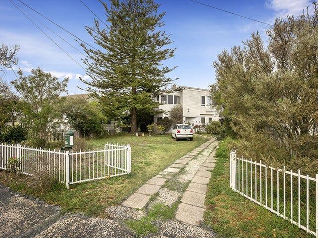 16 Ruvina Street, Aspendale, Vic 3195