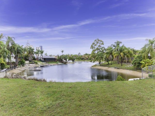 184 Rio Vista Boulevard, Mermaid Waters, Qld 4218
