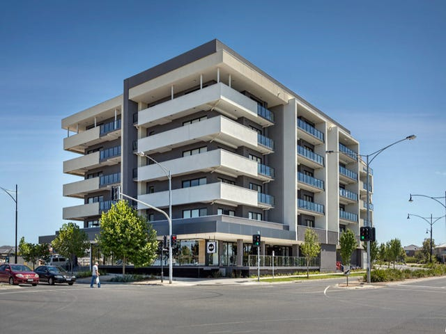 499/73 Lake Street, Caroline Springs, Vic 3023