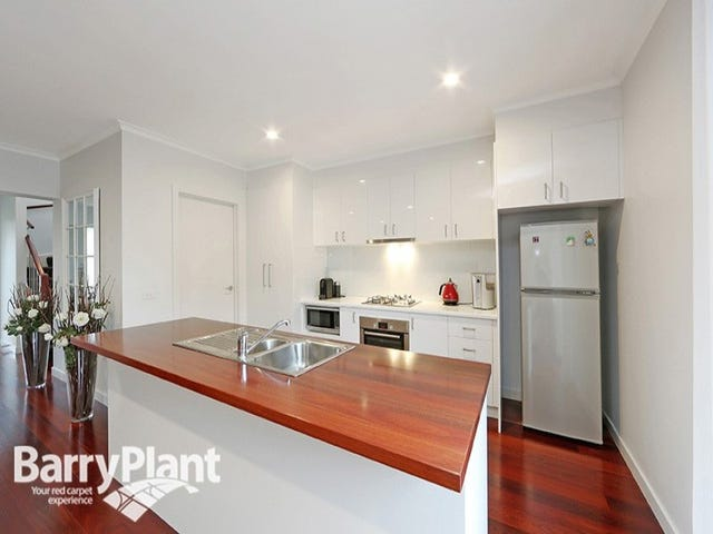 112 Sovereign Manors Crescent, Rowville, Vic 3178