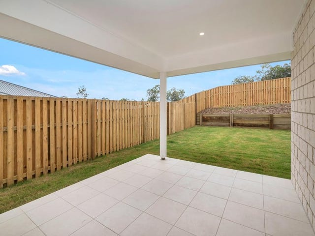 7 Logan Crescent, Oxenford, Qld 4210