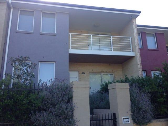 14 Parkside Crescent, Campbelltown, NSW 2560