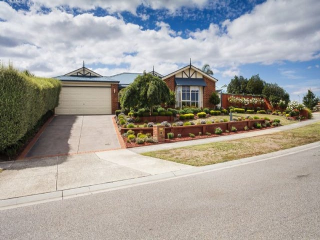 135 Clarendon Drive, Somerville, Vic 3912