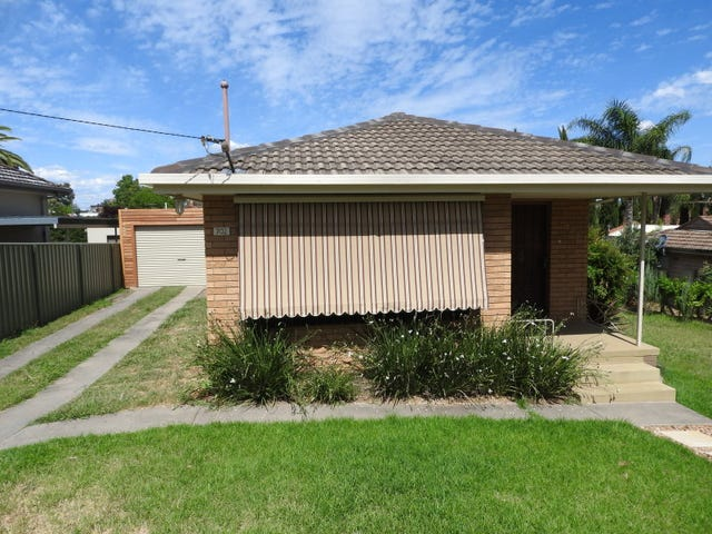 702 Morningside Place, Albury, NSW 2640