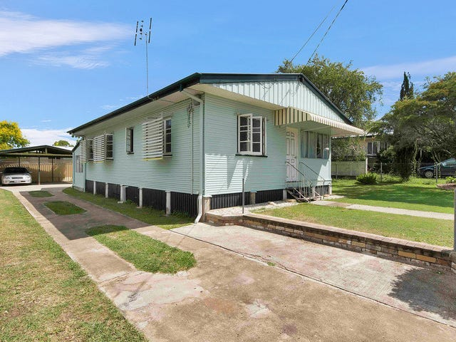 33 Dell Street, Eastern Heights, Qld 4305