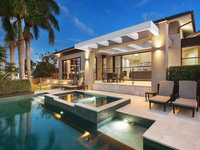 25 The Lido, Isle Of Capri, Qld 4217